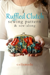 ruffled-clutch-sewing-pattern